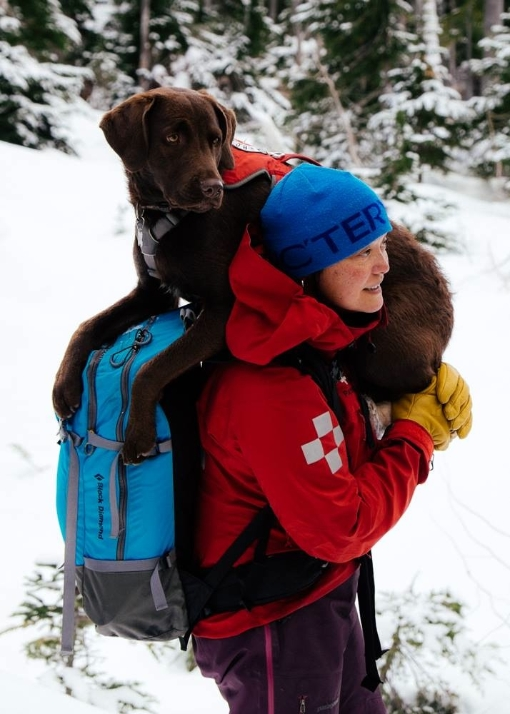juno-shoulder-carry-2014-02-03
